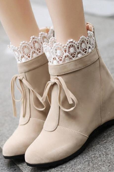 Cute Women Boots with Lace Detail, Teen Girls Shoes, Autumn/Winter Shoes