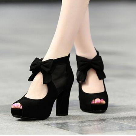 Beautiful And Lovely Black High Heels With Bow, Black High Heels ...